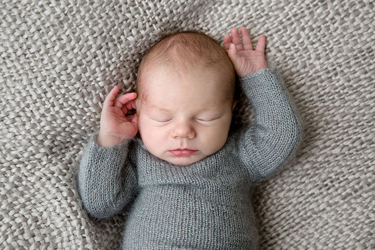 What to wear - Newborn outfits photoshoot
